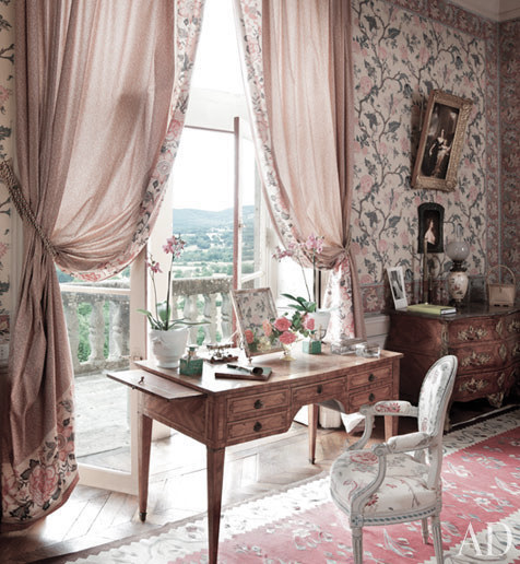 decor inspiration master bedroom joy de rohan chabot 39 s 15th century french ch teau cool. Black Bedroom Furniture Sets. Home Design Ideas