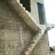 Construction incohérente, représentative du blocage haïtien