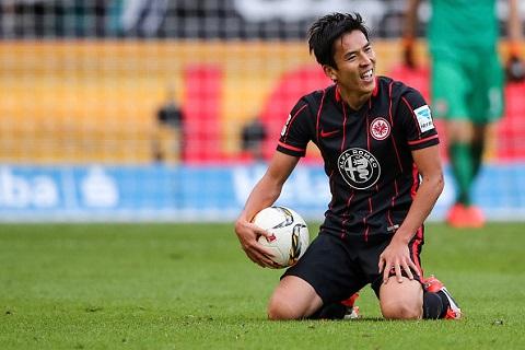 Tiền vệ trung tâm Makoto Hasebe