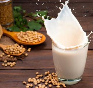 Apakah benar Susu yang Terbuat dari Kacang Lebih Sehat dari Susu Hewani?