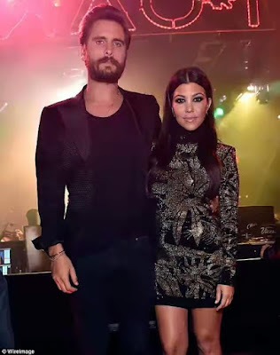 Kourtney and Scott Disick are reportedly giving their relationship another try