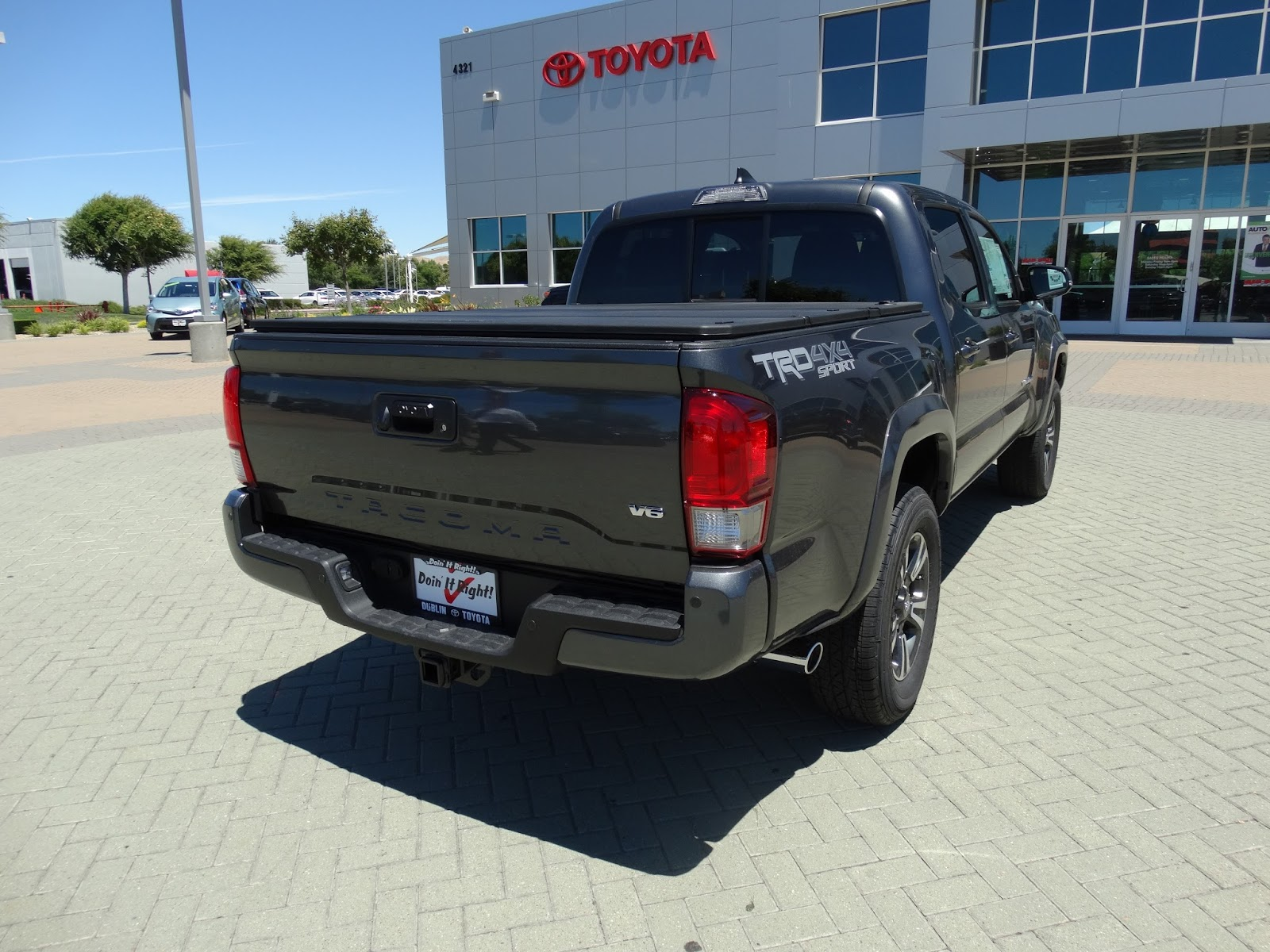 small resolution of with 3 43 turns to lock the tacoma comes with a speed sensitive hydraulic assist rack and pinion power steering unit this tacoma here comes with an ect
