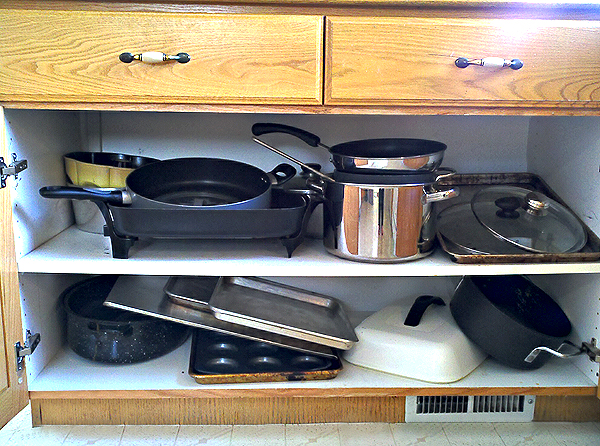 Pots And Pans Cabinet Let S Talk About Pet Ves We All Have Them But I Feel Like A Lot Of Probably Too Many Although M Not Sure How