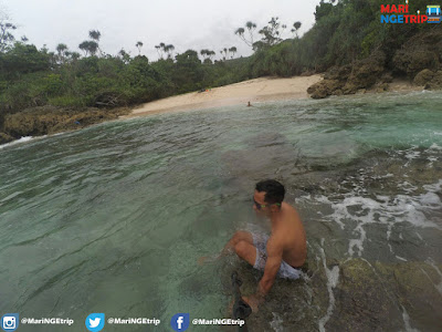 Pantai Mireng TulungAgung