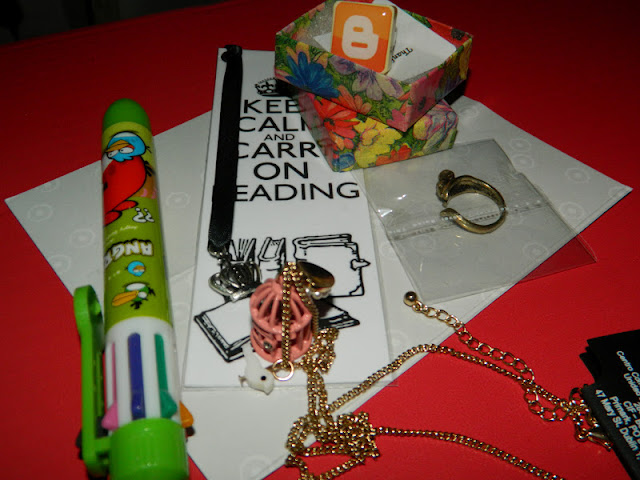 colour changing pen carry on reading bookmark jewellery and blogger ring