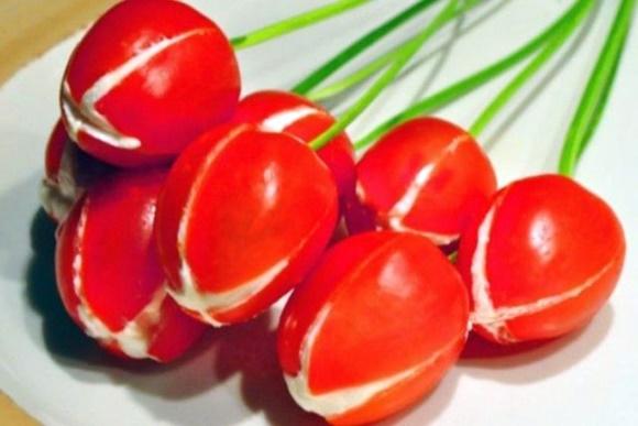 Tulipanes De Tomate Y Queso