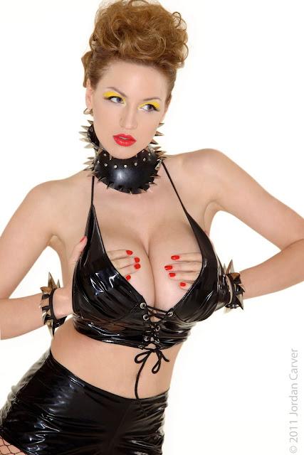 Jordan-Carver-Bionic-sexiest-Photoshoot-image-16