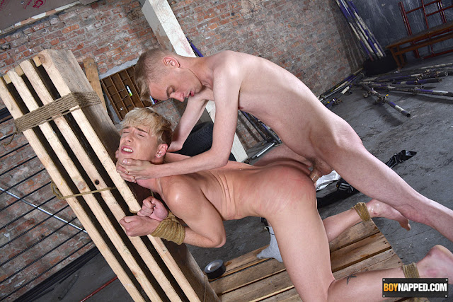 Kris Blent and more Sub Twinks at Euro/Brit Gay Porn Videos- click