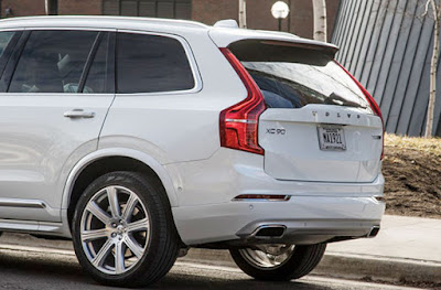 2016 Volvo XC90 T8 Reviews, Specs