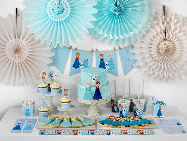 Frozen Birthday Party Free Printable Mini Kit.