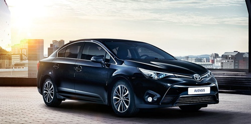 2015 Toyota Avensis Estate Exterior/Interior Performance