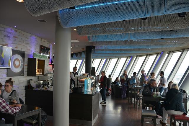 Rheinturm Dusseldorf bar