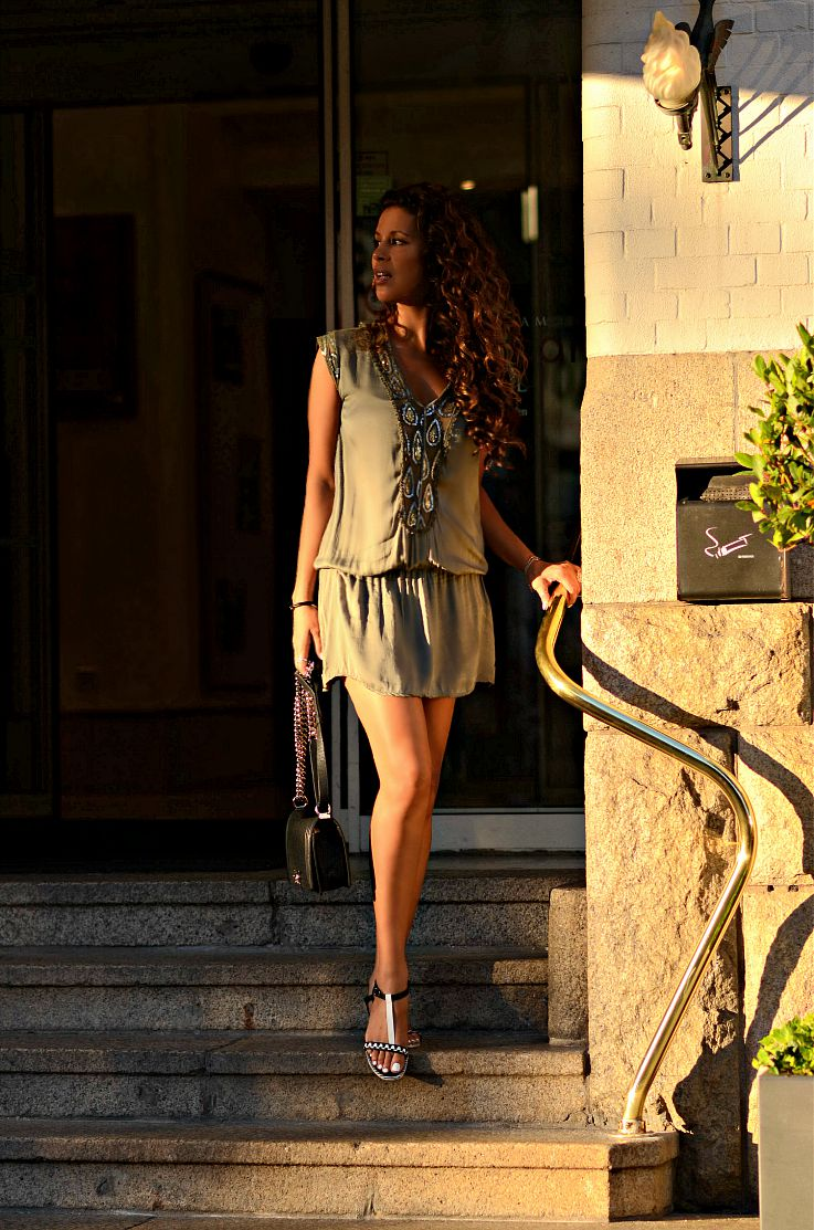 Bronde hair, Ombre hair, Curly hair, Tamara Chloé, TC Style Clues, Chanel Boybag, Kakhi Tunic Dress, Brazilian Blowout