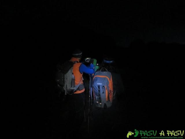 Noche en la Horcada Valvavado