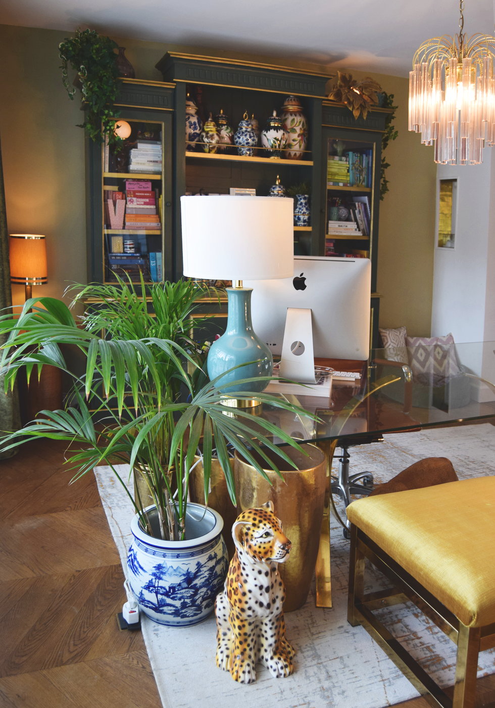 Interior, ARTE, Onlinetapijten, A La Collection, Farrow&Ball, office, desk, eclectic, hollywood glam, colorful
