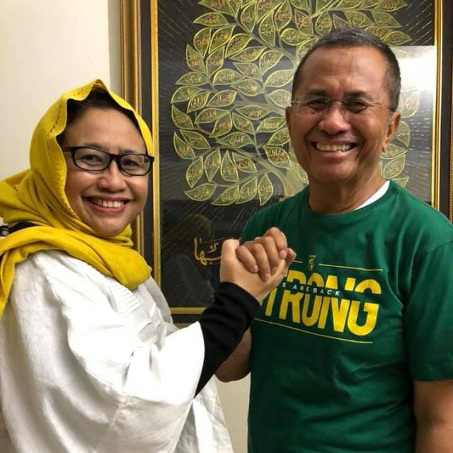 """Naniek S Deyang: Dahlan Iskan Melihat Keinginan Rakyat Ganti Presiden Tak Bisa """"Dihentikan"""""""