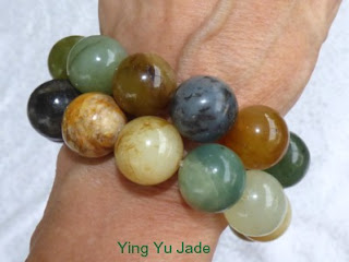 https://yingyujade.com/collections/jade-bead-necklaces-bracelets/products/big-bold-beautiful-chinese-river-jade-bead-bracelet