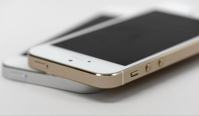 iPhone SE_3