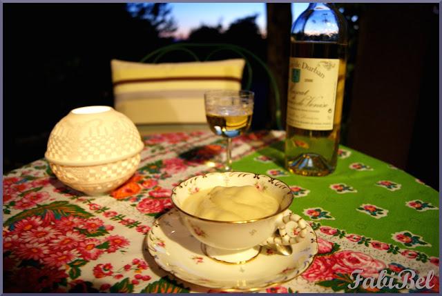 Crème glacée à la cardamome et au miel