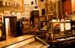 """Artículo del periódico el Mundo sobre el bar más antiguo de Medellín """"El Jordán"""" ubicado en el barrio Robledo."""