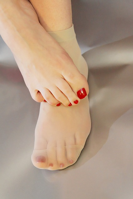 Relieve Swollen Feet With This Helpful Trick  Swollen Feet