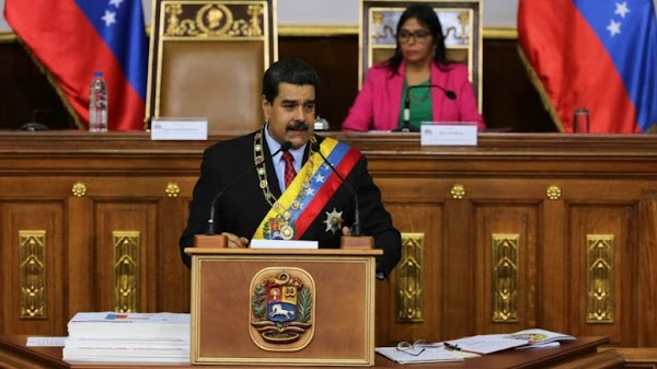 Ejecutivo aprobó 482.000 millones de bolívares para dotar de uniformes a docentes del país