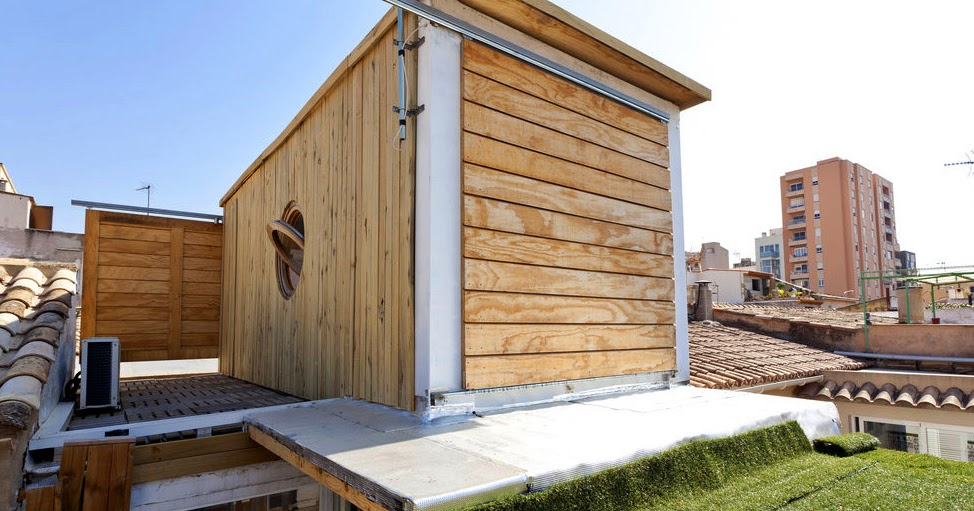 shipping container homes balbina and miquel angel palma majorca spain holiday container home. Black Bedroom Furniture Sets. Home Design Ideas