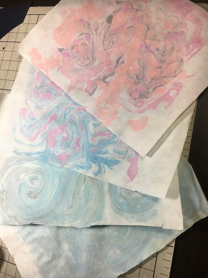 家にあるものだけで、淡く美しい紙のマーブル染めをする方法とコツ