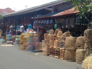 Strategi Pemasaran Ternak Jangkirk di Kios Burung