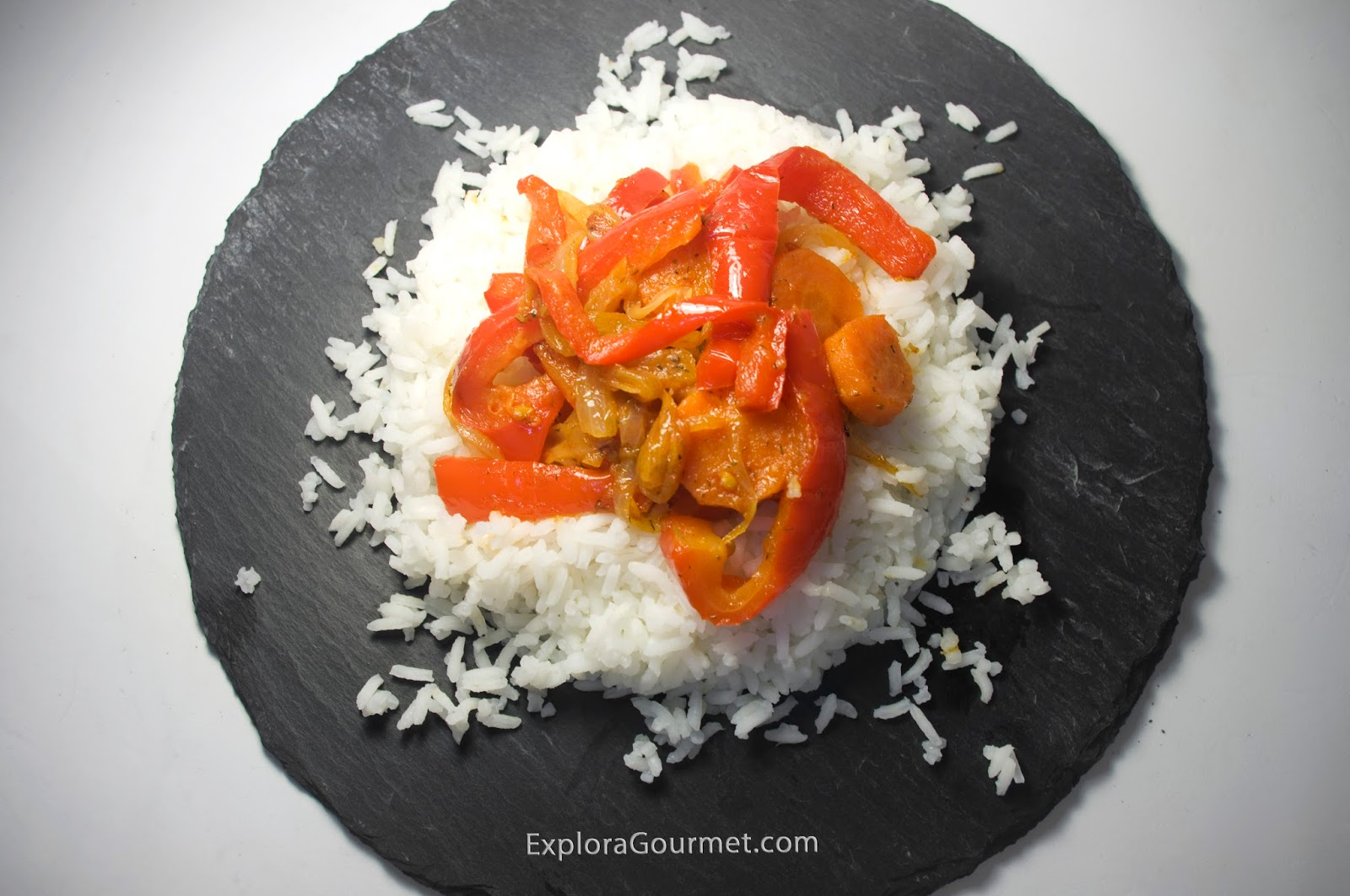 Arroz con verduras al pimentón