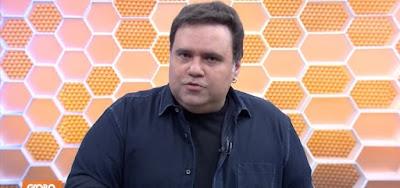 Rodrigo Rodrigues na estreia do Globo Esporte, de São Paulo, neste sábado (27); ele substituiu Ivan Moré