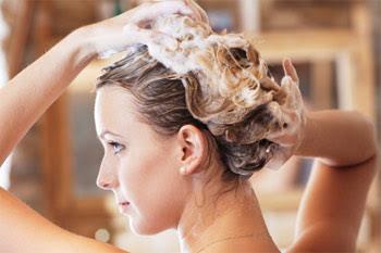 cách chăm sóc tóc uốn tự nhiên