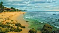 foto indahnya pemandangan pantai sepanjang