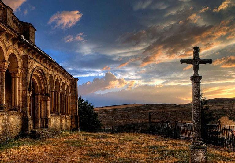 Igreja de Fuentidueña, Segovia, Espanha.
