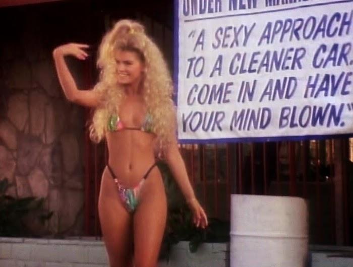 Bikini neriah wash davis car