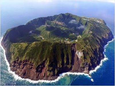 เกาะอาโอกะชิมะ - เกาะโอกะชิมะ