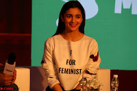 Alia Bhatt looks super cute in T Shirt   IMG 7759.JPG