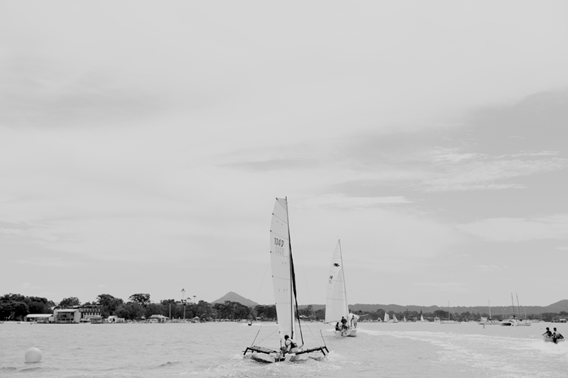 sailing on the noosa river