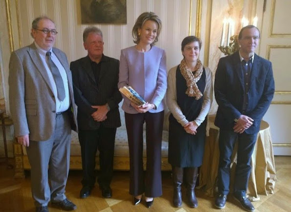 Queen Mathilde received the year book 'Poverty in Belgium 2014