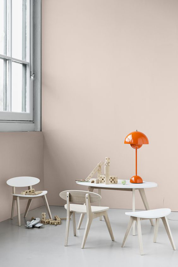 table and chairs set from oliverfurniture from Denmark