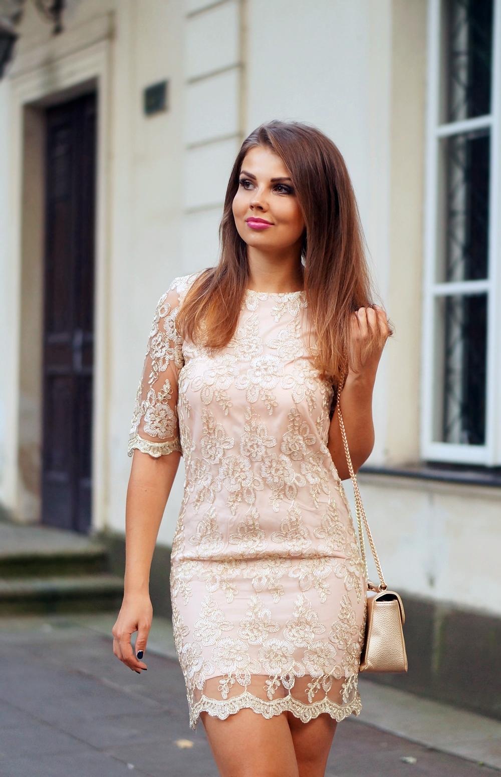 Nude Lace Dress Koronkowa Sukienka W Stylizacji Na Wesele A
