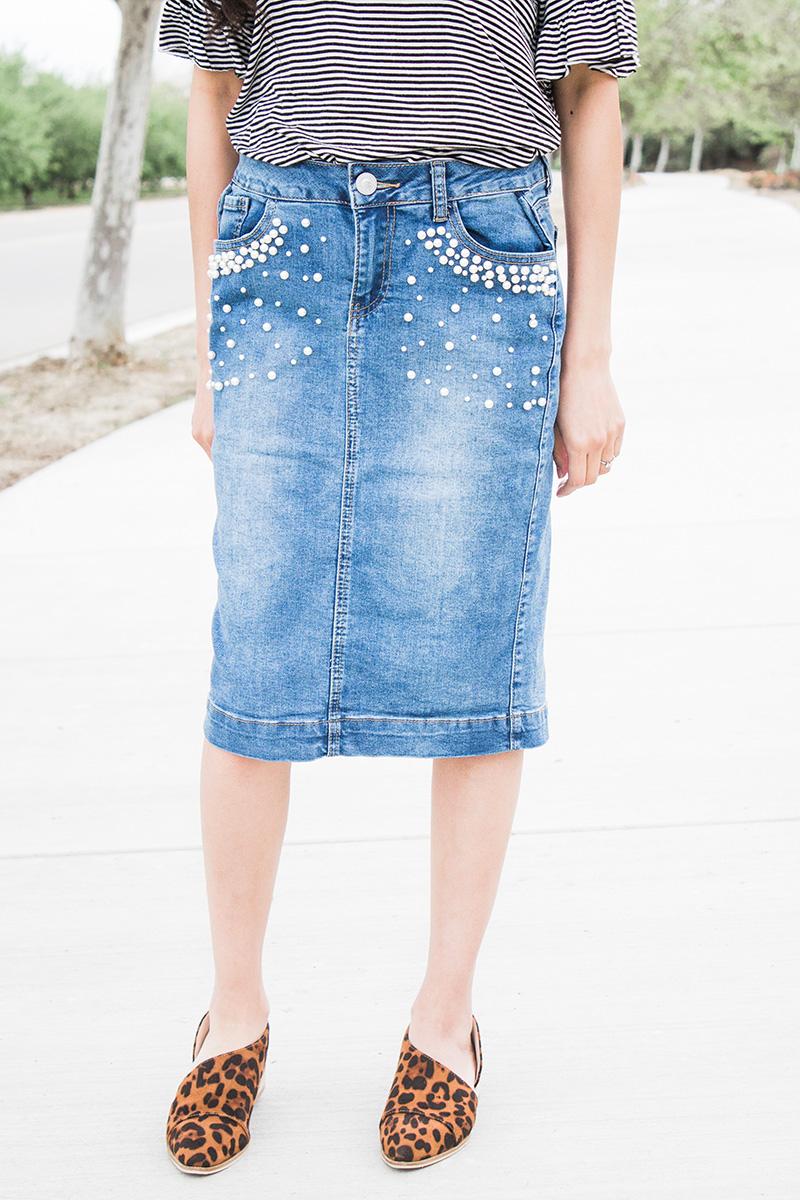 pearl denim skirt close up