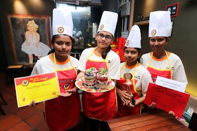 ayam brand, malaysian brand, rumah kebajikan, niat yang murni, sumbangan ikhlas, produk ayam brand, raikan ulang tahun, tuna, ayam, penang, malaysia, tiada MSG,