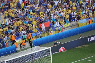 Euro 2016 - Affaire des supporters russes: les dérapages de la justice française Clf0aoAWkAApnFi.jpg%2Blarge
