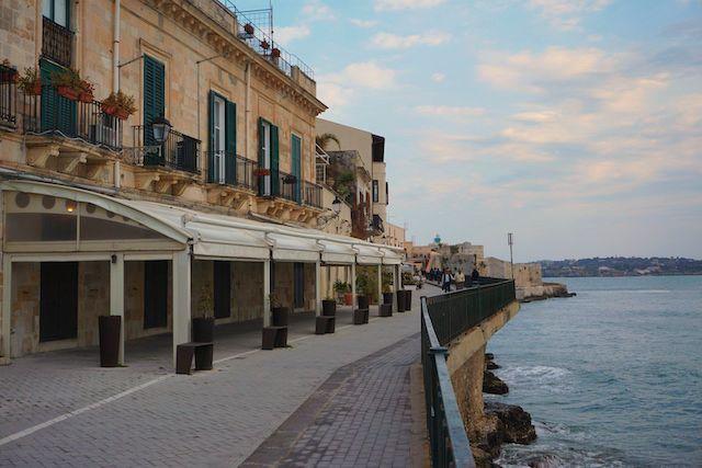 シラクーサ、オルティージャ島の海の風景