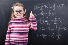 جديد: لعبة خمس 5 دقائق لزيادة مهارة الطفل في الرياضيات