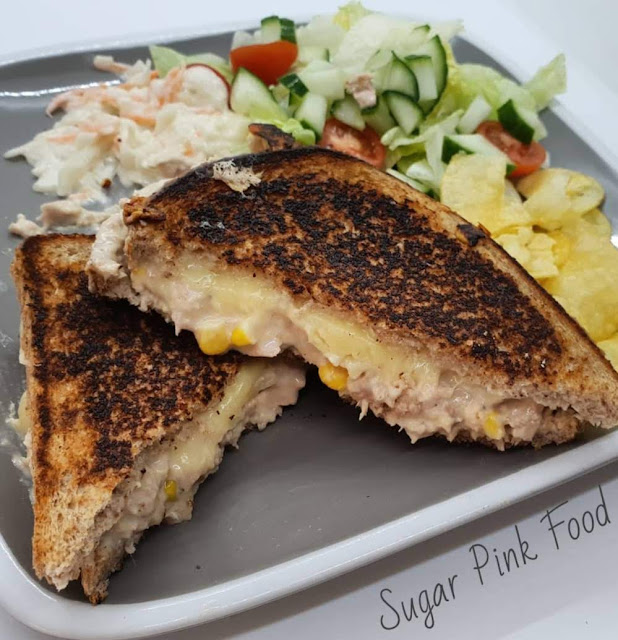 Low Calorie Cheesy Tuna Melt healthy recipe slimming world friendly