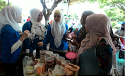 Memperingati Hari Ibu : Iwapi Banda Aceh Menggelar Senam dan Bazar