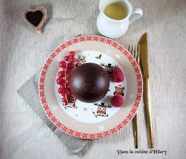 Sphère en chocolat surprise, moelleux chocolat-fève tonka et crème anglaise - Dans la cuisine d'Hilary