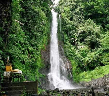 Air terjun Git Git Bali